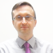 Photo of dr Piotr Weber